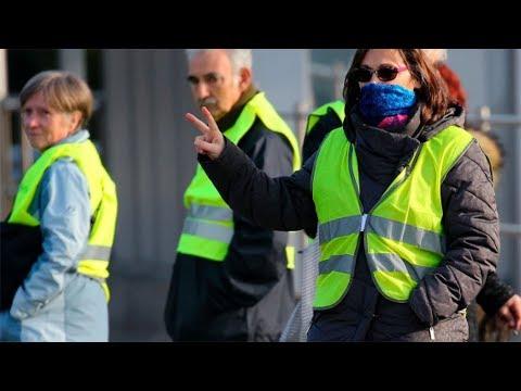 [Documentary] 10 Minutes: Macron vs. Yellow Vests - English
